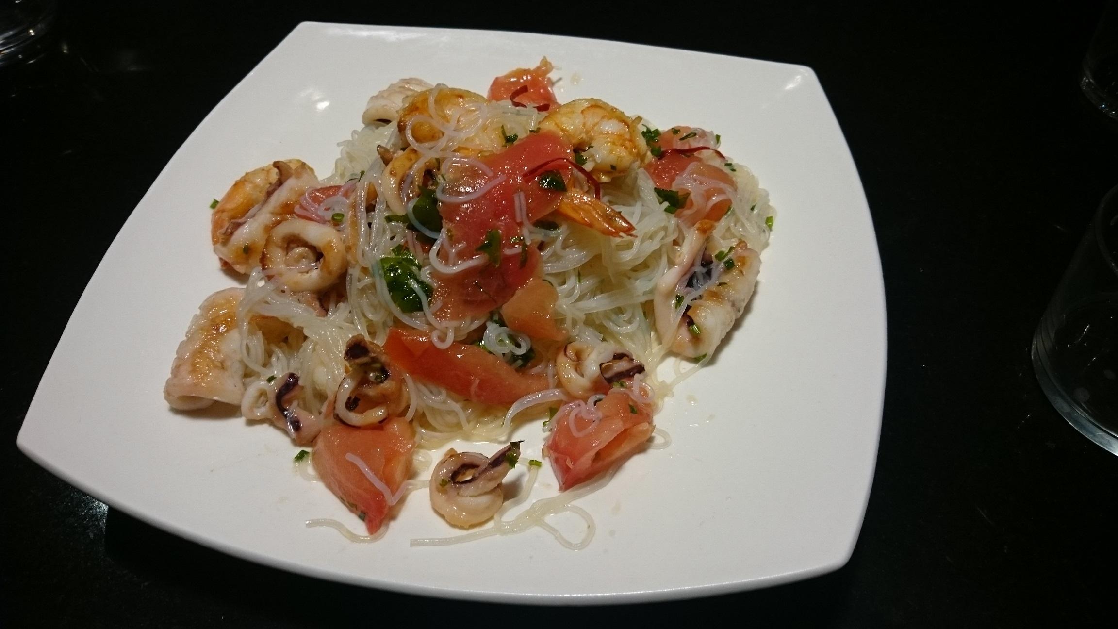 Yam Wun-Sen(Ensalada de fideos de arroz y langostinos con Thermomix® .TM 5-TM 31)