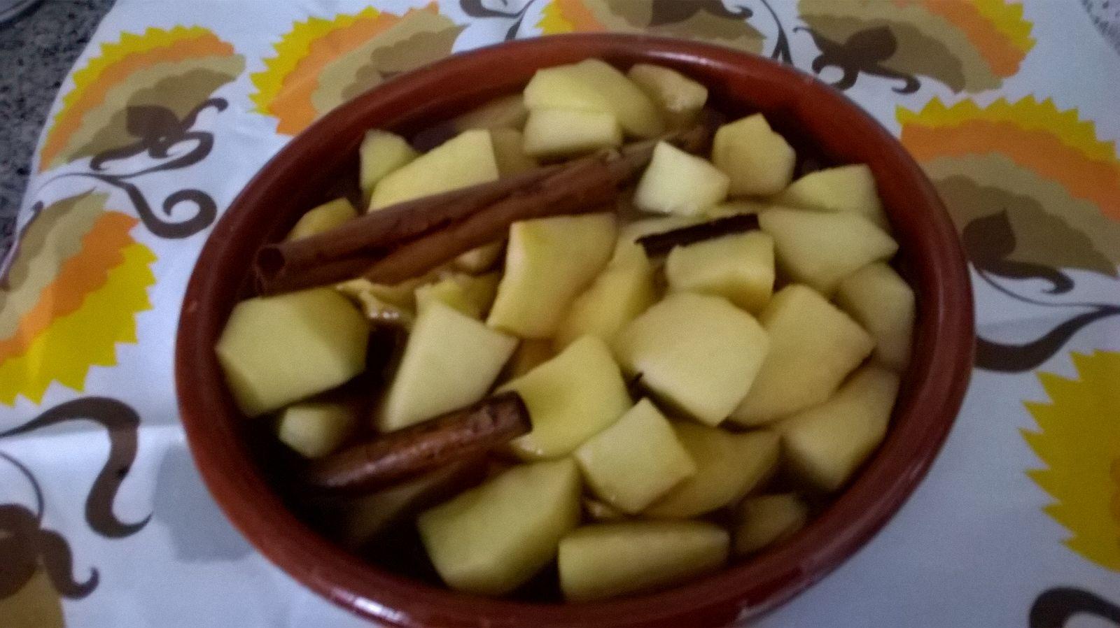 Manzanas al vapor con vino Pedro Ximenez DO Montilla-Moriles