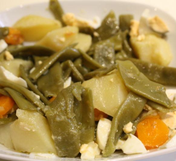 Guarnición de judías verdes, zanahorias y champiñones