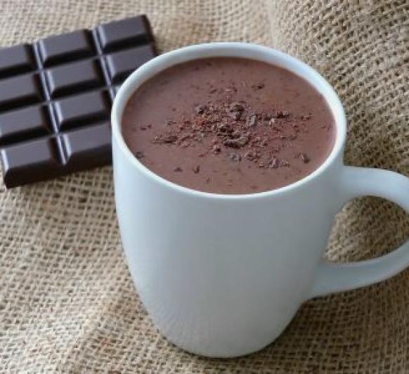 CHOCOLATE A LA TAZA CON UN TOQUE DE