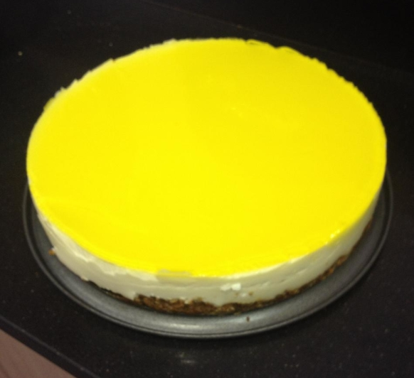 Tarta de queso, chocolate blanco y limon